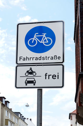 Bicycle Bike City Cycling Day Fahrrad Fahrradstrasse Germany Information Sign Low Angle View No People Road Road Sign Street Traffic Traffic Sign Verkehrsschild