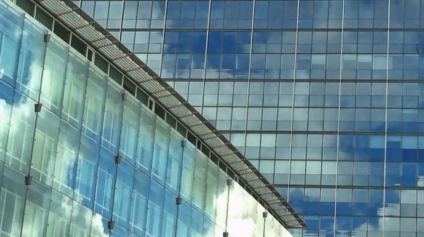 Windows Clouds And Sky Reflection Architectural Detail Urban Geometry Sky Reflections Eye4photography  EyeEm Best Shots Jopesfotos - Buildings