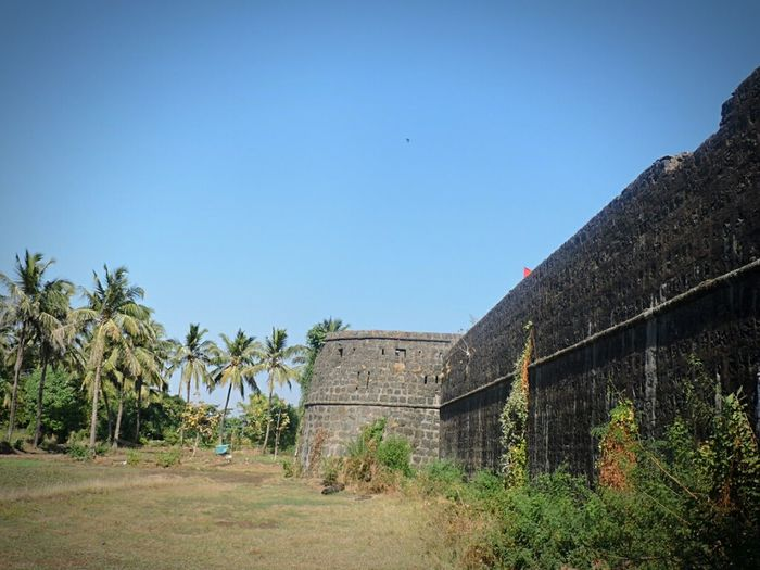 Vasai Fort Indiapictures Castle Ruin Castle Walls Fortress Fort Incredible India Beautiful View French Build Fort