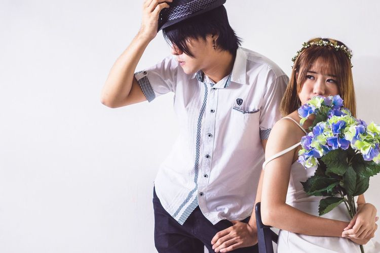 Blank Casual People Duo Studio Indoor Flash Strobe Hard Light Asdgraphy Bouquet Alphauniverse Portrait Sonyimages Sony A6000 Malaysia Sony Girl Alphauniverse Sonyphotography Asdgraphy Model