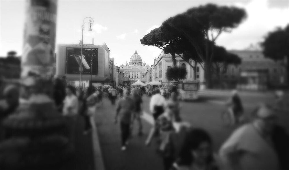 Next question. Focus .......City Travel Destinations Tourism Travel Architecture Focus On Background Blackandwhite Photography Monochrome Photography Black And White Blackandwhite Love Traveling Embrace Urban Life This Is Roma VaticanCity New Perspectives Smartphonephotography Big City Roma Rom Rome Site Seeing Traveling Travel Photography Focus Object Big City Life