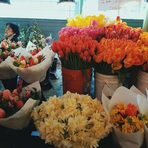 Flower Variation Freshness Indoors  Bouquet Flower Head Flower Market Day Woman Neighborhood Map