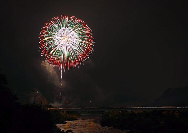 Fujifilm XF16mmF1.4 Xpro1 Japan River Night Firework Event
