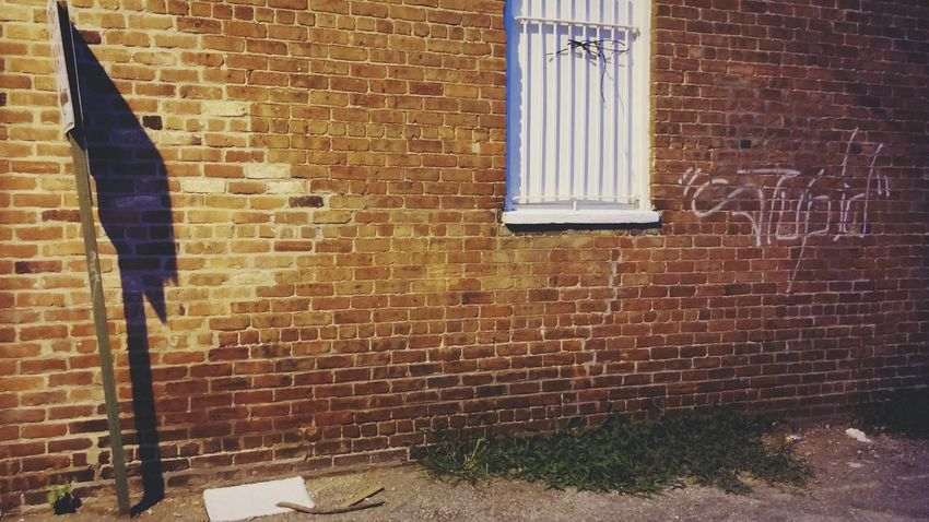 Richmond, VA Alley Graffiti Creative Light And Shadow Light And Shadow Night Time Androidography OpenEdit Taking Photos
