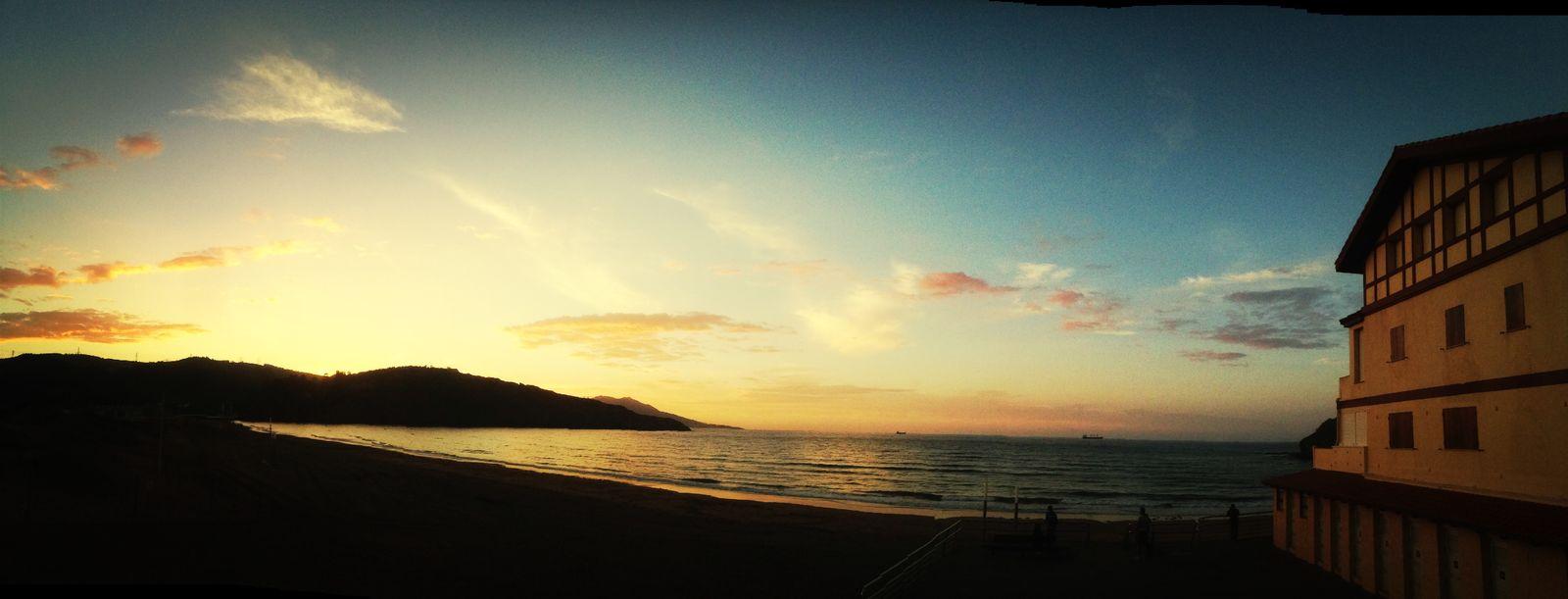 Muskiz Neverendingsummer Beautiful Sunset Life's A Beach Sunlight