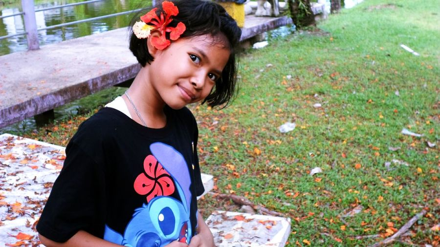Portrait Child Smail :) Frower
