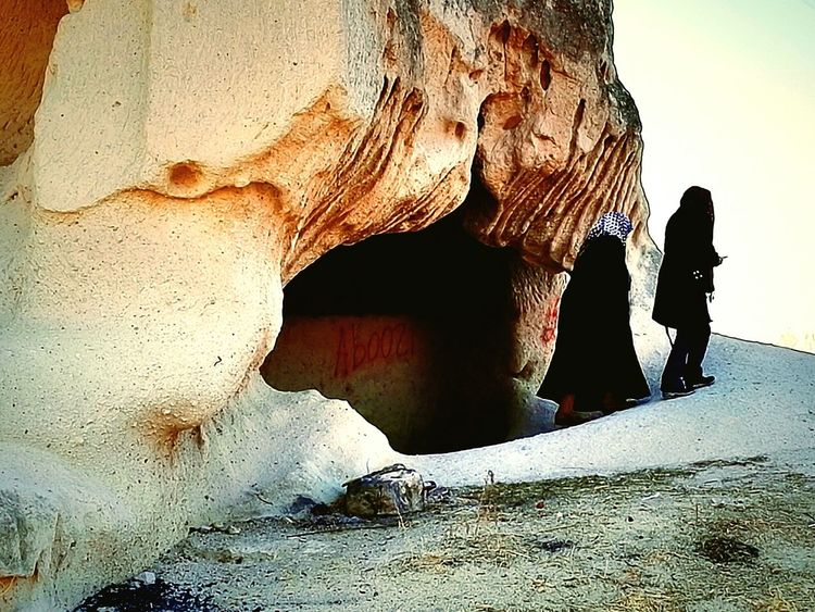 Cave Moslem Women Mantilla Landscape Nature Rock Traveling Photography Snapeshot Tourists Sightseeing Göreme Turkey People
