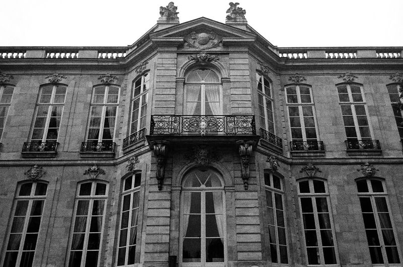 France Architecture Historical Darkness And Light Light And Shadow Working Paris Black & White