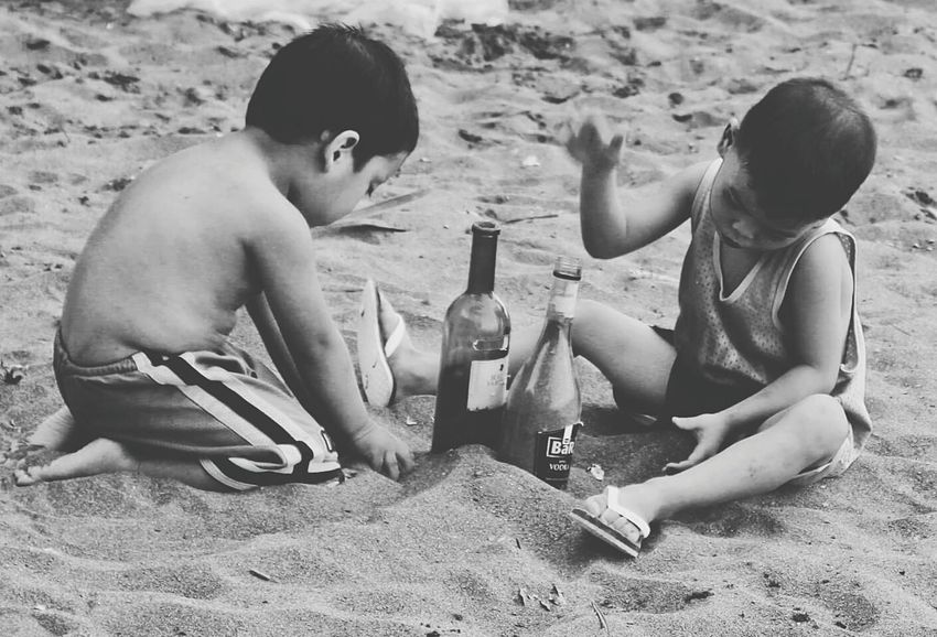 the Kids enjoying their time on the beach of Real in Quezon Province 😊🌴 Candid Photography Taking Photos Enjoying Life Beach Bummin Fresh On Eyeem  People Of The Oceans Travel Photography Children Outdoor Philippines Island Life The Following Black And White Photography Feel The Journey Eyeem Philippines Showcase June People And Places