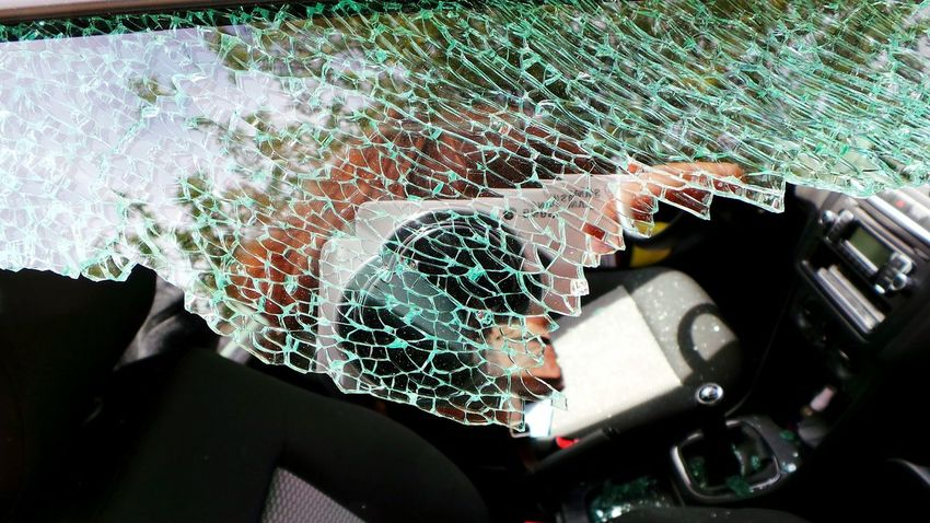 I hate these day.... Taking Photos Check This Out See What I See July 2016 Summer 2016 My Car Broken Glass Robbery Hate It Hate This Picture Fuckthisshit Fuckit