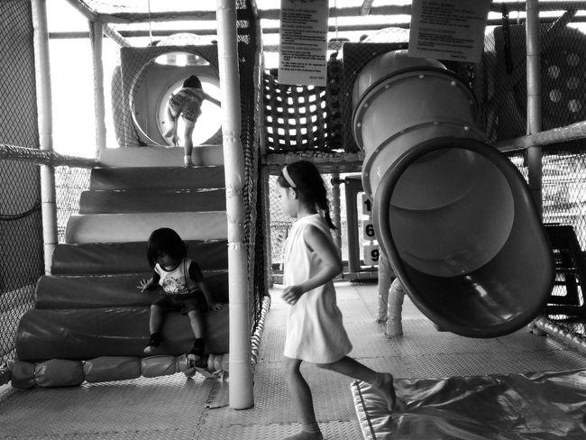Play time Kids Kids Photography Kids Having Fun Eyeem Photography Mobile Photography Asus Zenfone Eyeem Bacolod Cosmopolitan EyeEm Best Shots EyeEm Gallery EyeEm Best Edits Eyeem Philippines Black And White Photography
