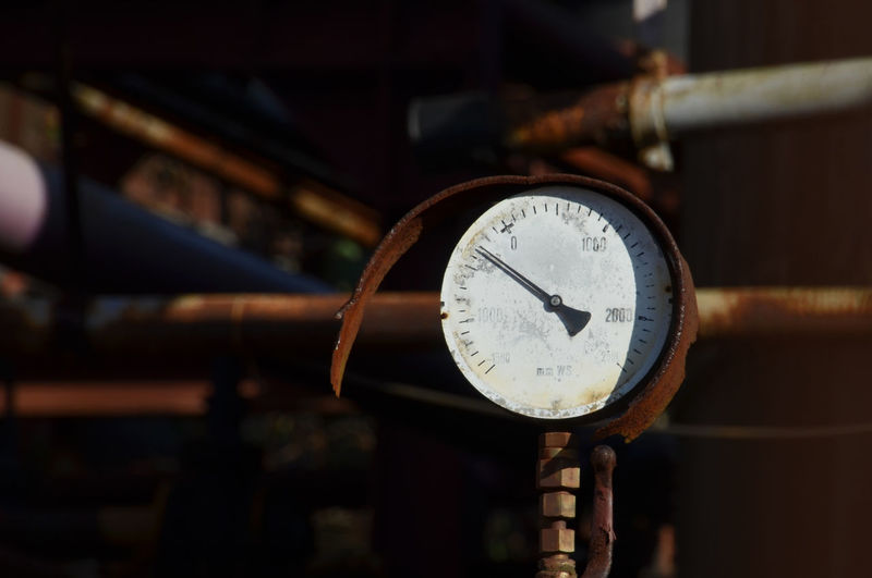 Close-up of rusty gauge
