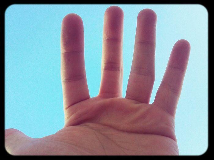 Cielo Hand Bluesky Sky