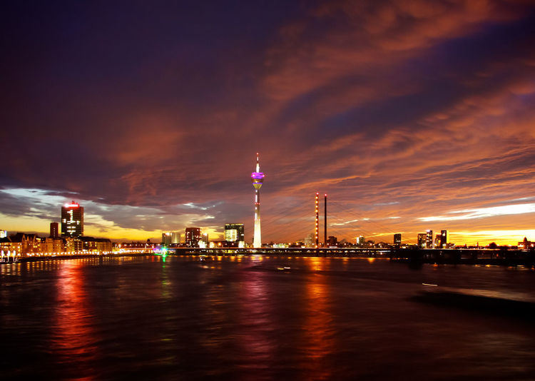Düsseldorf, Germany Düsseldorf Night Night Lights Night View Nightphotography Rhein Rheinturm  Rhine Cities At Night