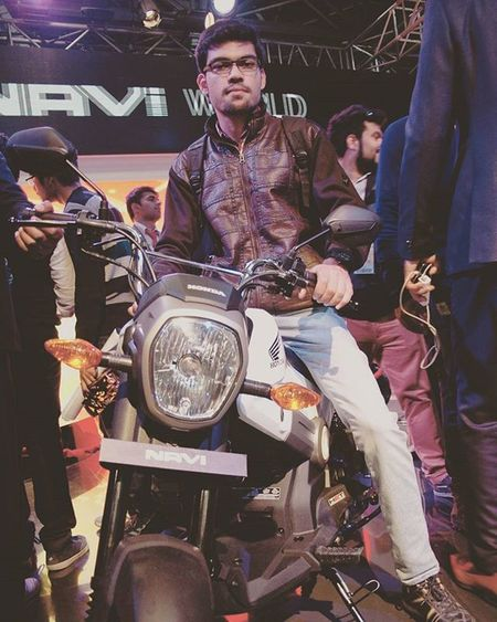 Autoexpo2016 Enthusiasm Enthusiast Honda TwoWheeler Pose AwesomeDay Like4like Follow4follow