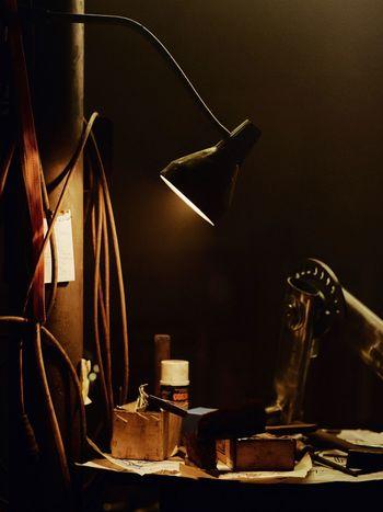 Workbench Dark Workplace Moody