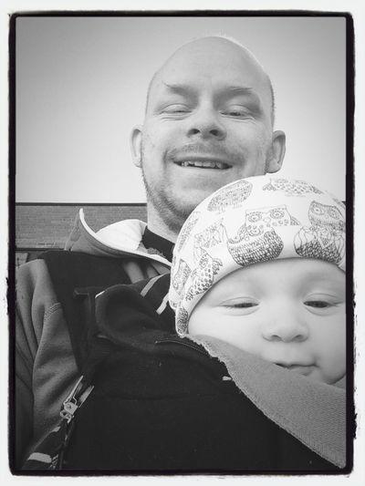 BabyBen Father&son Enjoying Life på väg till affären för att handla frukost Dubbleselfie