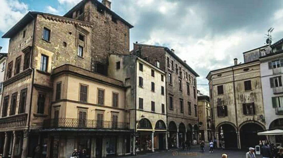 Piazza Mantegna - Mantova The Great Outdoors - 2016 EyeEm Awards The Architect - 2016 EyeEm Awards