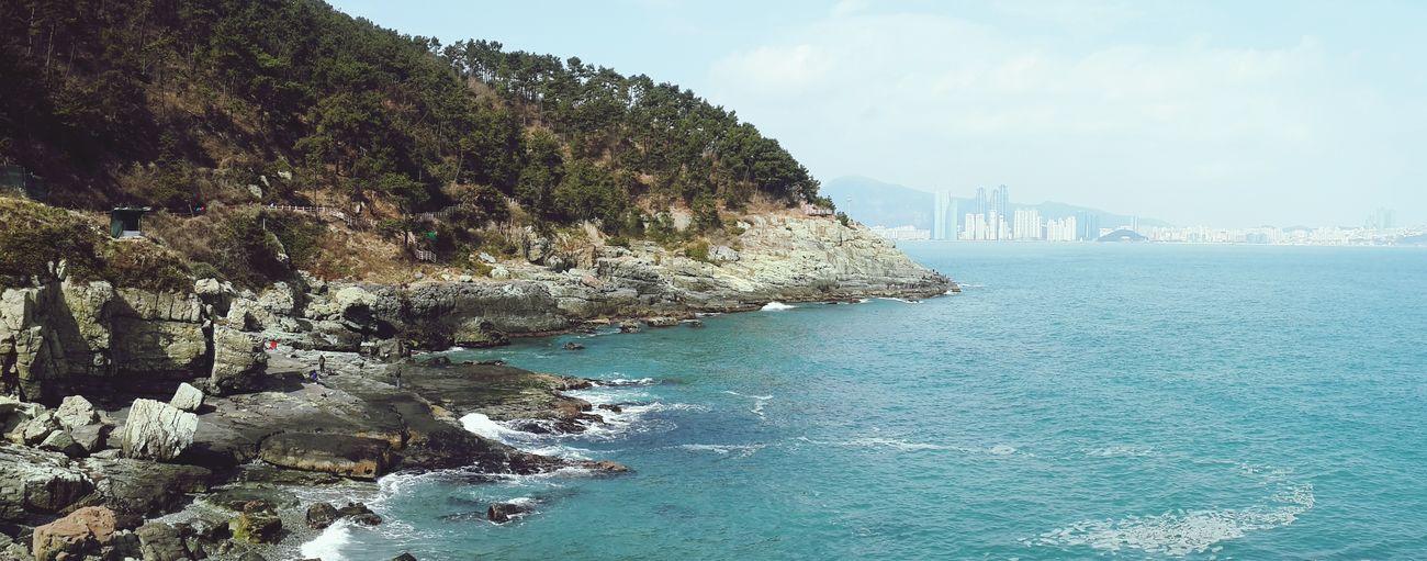 저멀리 해운대까지 보여욧!! Enjoying Life Seascape With My Love Traveling In Busan EyeEm Nature Lover