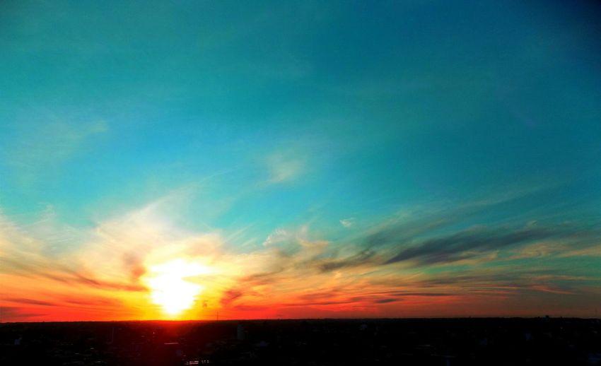 Beautiful sunset in my city Citisunset In Sunset Sun Skylovers Blue Sky Orange Sky Rosario Argentina