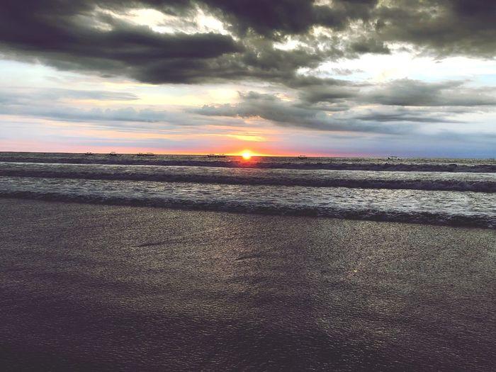 海蝕日 Sky Cloud -