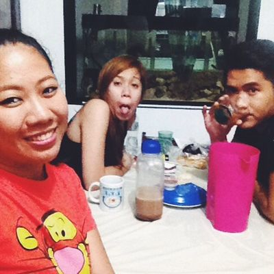 Happening now @emgracesamson @frankgazm ?✌️?? Beer Alcohol Redhorse Bonding