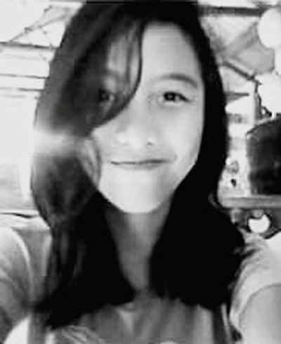 B&W Portrait That's Me EyeEm Selfie ♥ Myhairtho Messyhair Feeling Inspired Hi Hello World Blur