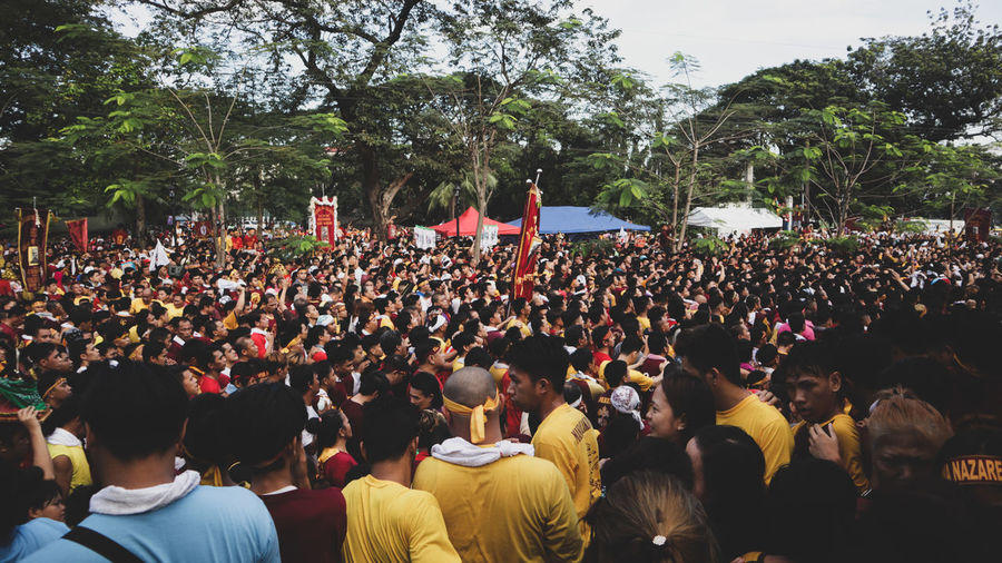 feast of Black Nazarene Tradition Philippines Culture And Tradition Culture Heritage Filipino Protesting Tree Crowd Togetherness Women Men Enjoyment Celebration Sky Parade Holy Week Festival Traditional Dancing Holi Performance Group
