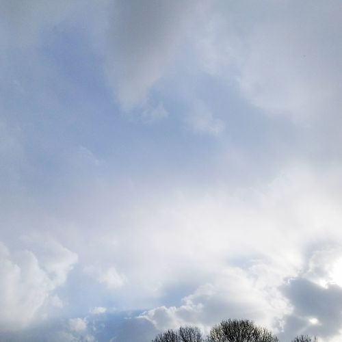 Sky, clouds . Middle River Cloud - Sky Sky No People Outdoors Low Angle View Day Nature Storm Cloud Beauty In Nature