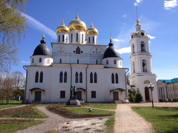 Dmitrov History Sky Russia Travel Traveling Photo Religion Dome Place Of Worship Architecture Spirituality Travel Destinations Outdoors No People Building Exterior Day Blue Clear Sky Politics And Government First Eyeem Photo