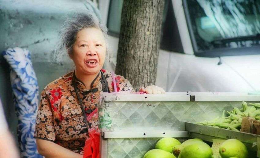Chinatown Chinatown New York New York Fruit Seller Chinese Culture Chinese Woman