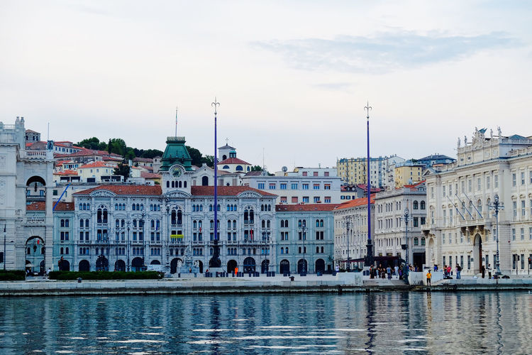 Architecture Building Exterior Built Structure City City Life Cloud Cloud - Sky Day Human Settlement Italy Residential Building Residential District Residential Structure River Riverbank Sea Sea And Sky Sky Square Squareinstapic Town Trieste TriesteSocial Water Waterfront
