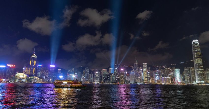 Laser show Kowloon Night Building Exterior Architecture Night Built Structure Illuminated City Water Tall - High Modern Building Office Building Exterior Sky Skyscraper Cityscape Urban Skyline Waterfront Travel Destinations River Reflection No People HUAWEI Photo Award: After Dark HUAWEI Photo Award: After Dark