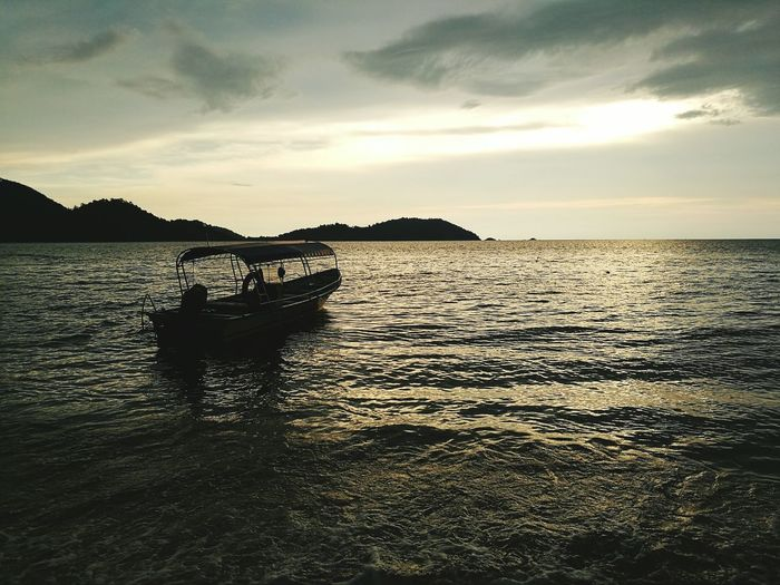 Sea And Sky Skylovers Beachphotography Evening Sun Pangkor Holiday♡ Relaxing Naturelover Seaside