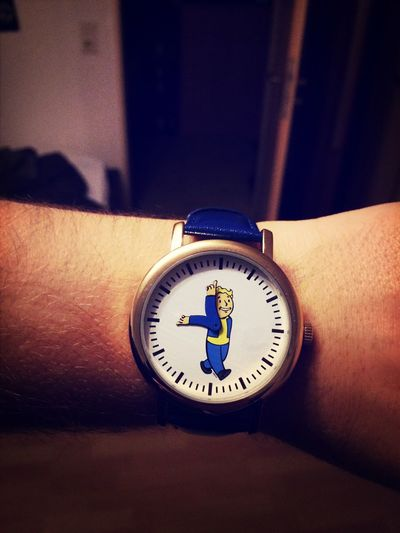 My Fallout 3 watch arrived today! <3