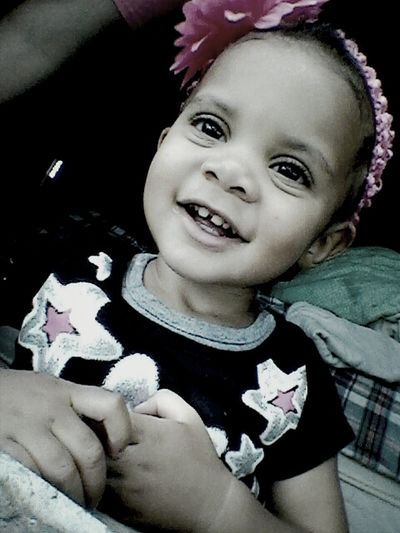 big smile for mommyyy!