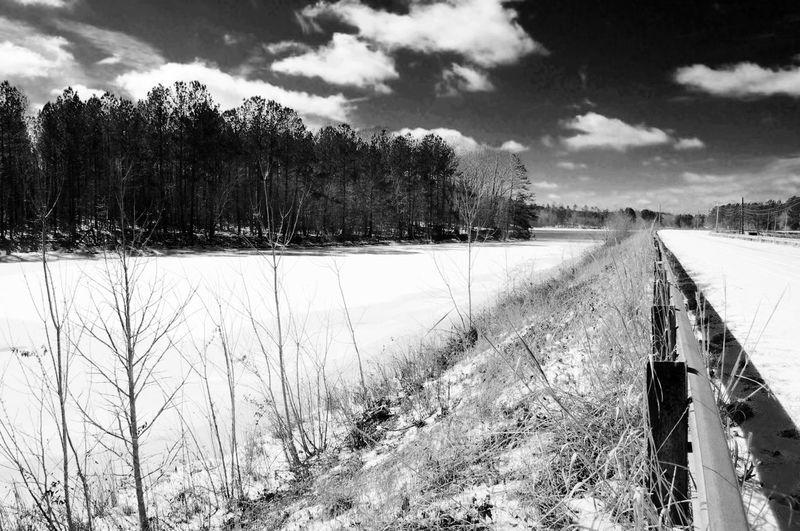 Hanging Out Taking Photos Evl_industryz Photography Black & White