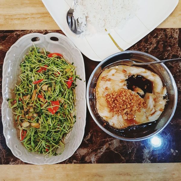 Food Foodporn Fish Vegetables Cooking Homecooking Homecooked Delicous DeliciousFood  Scrumptious Dinner Dinnertime Meal Mealtime Dinnerfortwo Simplefood a simple homecooked dinner for 2