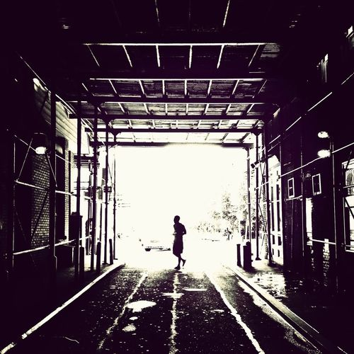 Walking Around Streetphotography Blackandwhite Light And Shadow