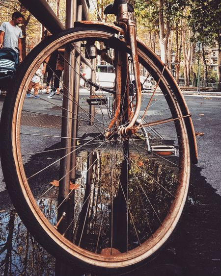 Bicycle Transportation Mode Of Transport Day Outdoors No People Reflection Photography Photo Urbanscene Inspirations Cycleway Cycle Urbanphotography Streetphotography Picture Of The Day Land Vehicle Close-up Inspirations Everywhere. Cityscape