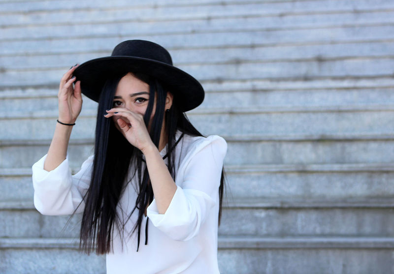 Beautiful Woman Beauty Day First Eyeem Photo Girl Hat Minimalism Outdoors Portrait Smile Taking Photos Young Women