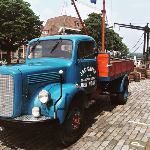 Oldtruck Check This Out Oldtimer Bridge Vintage Cars Dordrecht
