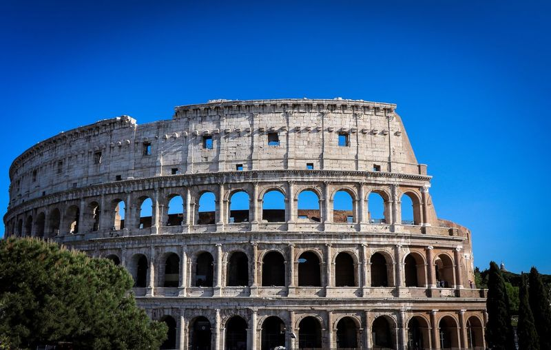 Rom Roma Rome Travel Photography Travelling Amphitheater Ancient Arch Architecture Arts Culture And Entertainment Blue Building Exterior Built Structure City Citytrip Clear Sky History Old Ruin Photography Photographylovers Sky The Past Tourism Travel Travel Destinations