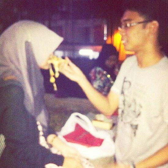 RomanticMoment with Wo Aina. @ninaazaidi @syaffmurray. Lol