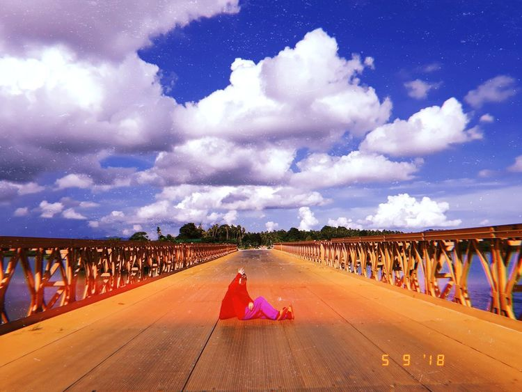 Sunny adventure 🌞 bridge Sunny sunny day tawi-tawi huji Cloud sky blue sky Road multi colored sky cloud - sky landscape vanishing point EyeEmNewHere Bridge Sunny Sunny Day Tawi-tawi Huji Cloud Sky Blue Sky Road Multi Colored Sky Cloud - Sky Landscape The Way Forward Double Yellow Line Passageway Empty Road Diminishing Perspective Mountain Road Summer Road Tripping