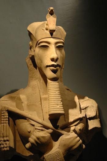 Bust of Pharaoh Akhenaten - Luxor Museum Ancient Egypt 18th Dynasty Amarna Valley Of The Kings Thebes Luxor Akhenaton Statue Art And Craft Sculpture Male Likeness Human Representation Craft History This Is Queer This Is Aging