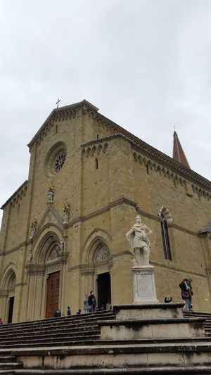 Arezzo Duomo Outside Italia Italian Monuments Medici Statua Monument Tuscany Toscana Original No Filter No Edit