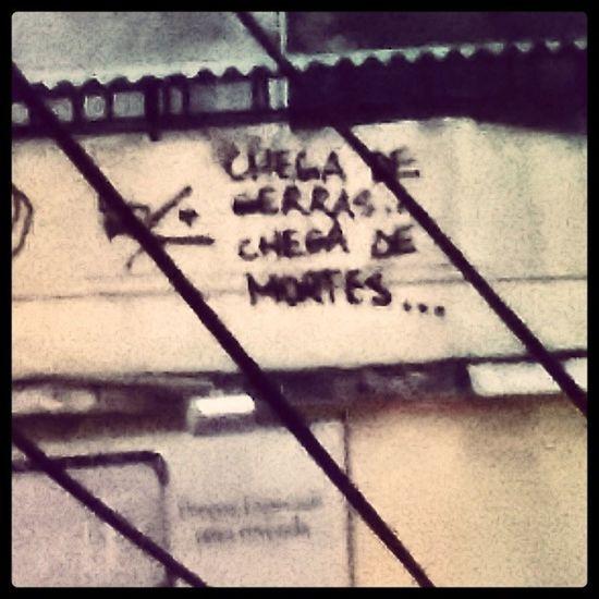 Chega de aulas de português tbm né! Badgrammar Graffiti ERRO ORTOGRÁFICO Riodejaneiro