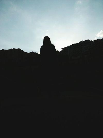 EyeEm Gallery City Photography Naturelover❤ Nature_collection Landscape_collection EyeEmNatureLover Nature Photograhy Natural Beauty Black EyeEm Nature Lover Fotograf EyeEm Flower Fotografturkiye Fotografvakti Uzunbiraradansonra Gökyüzümavi Gökyüzü🎑 GirlsNight Girl Beautiful Girl Nature Güzel Bir Gün Silhouette FarklıBirBen Farkliliklarimiz Bizi Zenginlestirir. Insanlardan Uzak
