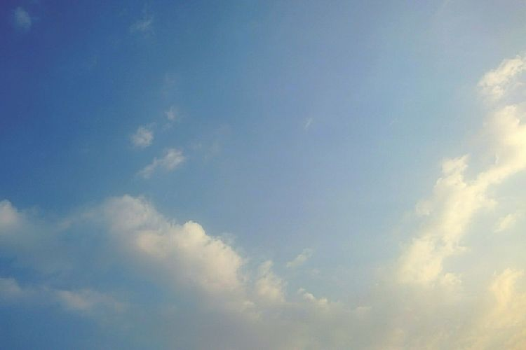 Cloud - Sky Sky Blue Cloudscape Heaven Abstract Backgrounds Sky Only Nature No People Outdoors Day Scenics Beauty In Nature Clouds And Sky Sky Blue And Clouds Clouds Sky Photography Sky Blue Dramatic Sky 空 ソラ Sky Background